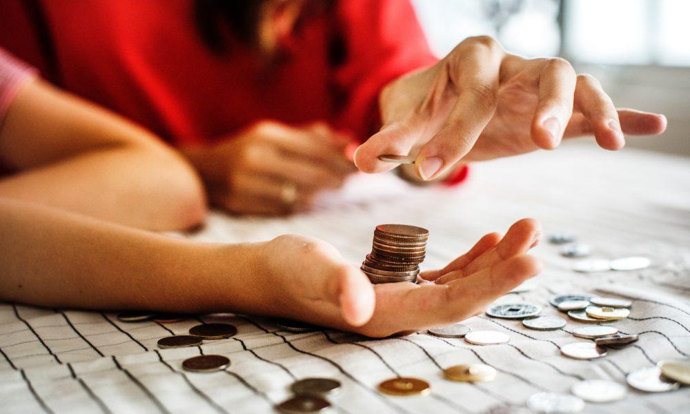 Raha säästmine. Foto: Rawpixel / Unsplash